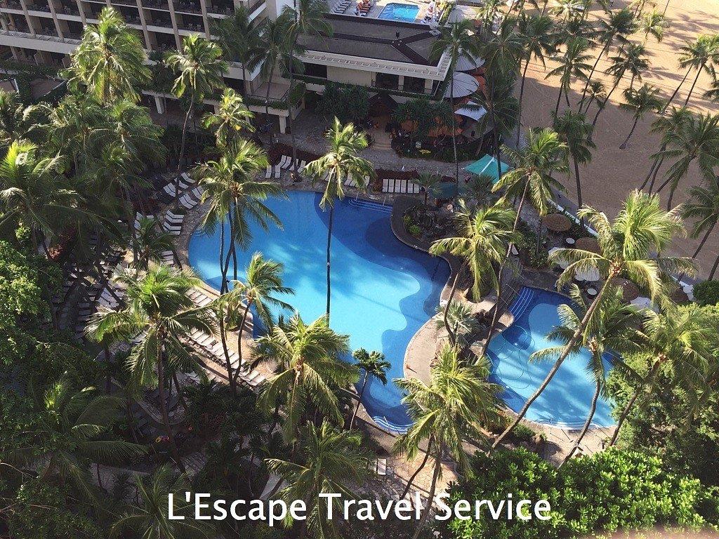 Hilton Hawaiin Village Pool